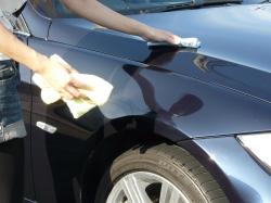 車のガラスコーティング  ハイブリッドナノガラス コーティング前処理 シリコンオフ5