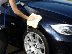 車のガラスコーティング  ハイブリッドナノガラス コーティング前処理 鉄粉除去6
