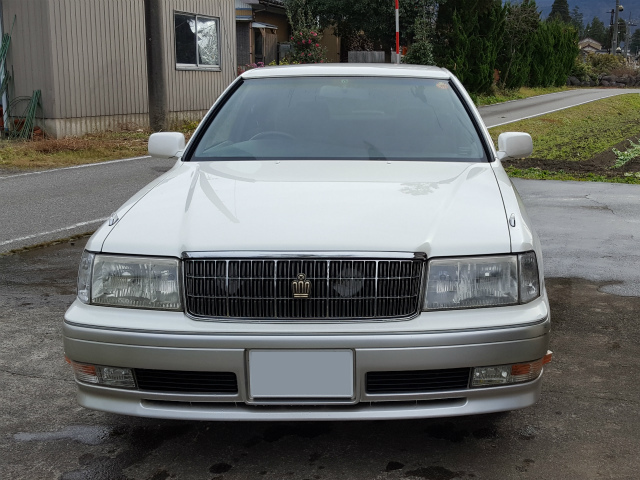 クラウンに車のボディの鉄粉や汚れを落とすハイパーネンダーを施工した評判・人気・評価・おすすめ・レビュー・口コミ
