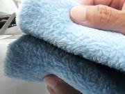 ソフトなマイクロファイバー(超極細繊維)を高密度に使用したムートンクロスは拭きキズや洗車キズを防ぎあらゆるカーケアにおすすめです