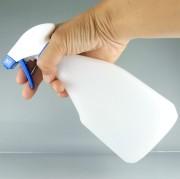 水なし洗車・水なしコーティングに対応したマジックベールの特製スプレーはコーティング希釈液を微細な泡状で噴射できる専用品です