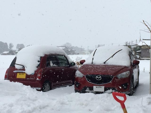 フロントガラス撥水コーティングの施工で突然の雪・雨でも安心運転